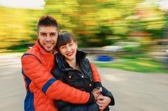 Giovane autunno delle coppie Fotografia Stock
