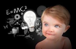 Giovane bambino di formazione di scienza sul nero Immagine Stock Libera da Diritti
