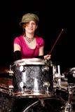 Giovane batterista teenager Fotografia Stock Libera da Diritti