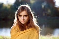Giovane bella donna Immagini Stock