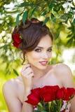 Giovane bella donna Fotografie Stock Libere da Diritti