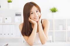 Giovane bella donna asiatica immagini stock