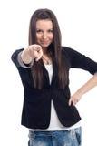 Giovane bella donna felice che indica su voi Immagine Stock