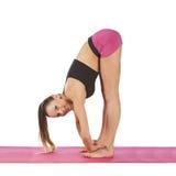 Giovane bella posa di yoga della ragazza Immagine Stock Libera da Diritti