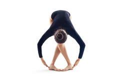 Giovane bella posizione del danzatore Immagine Stock Libera da Diritti