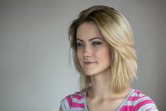 Giovane bella ragazza Fotografie Stock Libere da Diritti