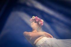 Giovane bella sposa bionda Immagini Stock Libere da Diritti