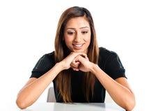 Giovane bello adolescente indiano asiatico felice Fotografia Stock Libera da Diritti