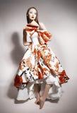Giovane bello castana asiatico in vestito splendido Immagine Stock Libera da Diritti