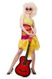 Giovane cantante con il taglio di afro Fotografia Stock
