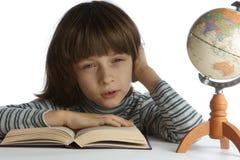 Giovane che fa le lezioni. Fotografie Stock Libere da Diritti