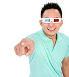 Giovane che indossa 3d-glasses Immagine Stock
