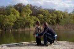 Giovane con il suo figlio Immagini Stock Libere da Diritti