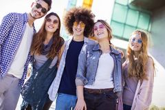 Giovane concetto di amicizia della gioventù del gruppo Immagine Stock