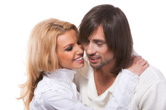 Giovane conversazione amorosa sorridente felice delle coppie Fotografia Stock