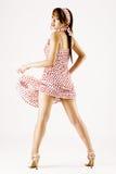 Giovane dancing attraente della donna fotografia stock