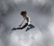 Giovane, danzatore femminile attraente e sportivo Fotografia Stock Libera da Diritti