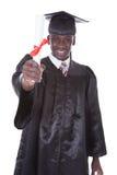 Giovane diploma della tenuta dell'uomo di graduazione Fotografia Stock Libera da Diritti