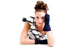 Giovane donna in abbigliamento di alte mode di Haute - isolato Fotografie Stock