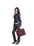 Giovane donna alla moda di affari con la cartella Fotografie Stock Libere da Diritti
