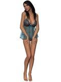 Giovane donna attraente in camicia da notte sexy Fotografia Stock