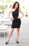 Giovane donna attraente sicura Fotografie Stock