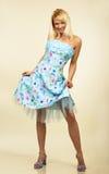 Giovane donna attraente in vestito da sera. Ritratto. Immagini Stock Libere da Diritti