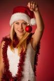 Giovane donna bionda attraente in vestito dal Babbo Natale - christmass Fotografia Stock Libera da Diritti