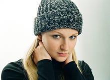 Giovane donna in cappello Fotografia Stock Libera da Diritti