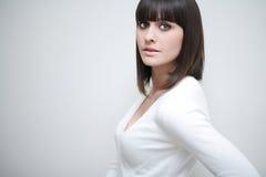 Giovane donna caucasica con frangia/scoppi Fotografie Stock Libere da Diritti