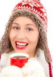 Giovane donna che beve bevanda calda Fotografia Stock Libera da Diritti