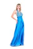 Giovane donna che porta abito blu isolato su bianco Immagine Stock Libera da Diritti