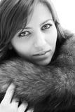 Giovane donna con i bei occhi. fotografia stock