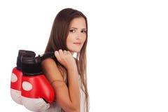 Giovane donna con i guanti di inscatolamento immagini stock