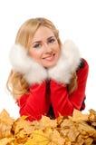 Giovane donna con i guanti fleecy immagine stock