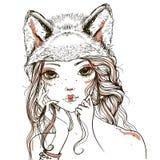 Giovane donna con il copricapo del lupo Immagine Stock Libera da Diritti