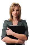 Giovane donna con il dispositivo di piegatura Immagine Stock