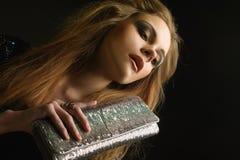 Giovane donna con il sacchetto Immagini Stock Libere da Diritti