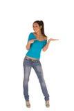 Giovane donna con la palma aperta Immagine Stock