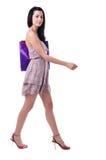 Giovane donna con le borse di acquisto Fotografie Stock Libere da Diritti
