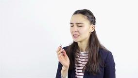 Giovane donna con mal di denti Dolore di dente stock footage