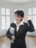 Giovane donna di affari sorridente Fotografie Stock