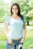 Giovane donna di felicità Fotografie Stock Libere da Diritti