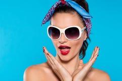 Giovane donna emozionante Fotografia Stock
