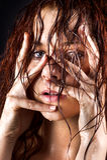 Giovane donna fresca e bagnata Fotografia Stock