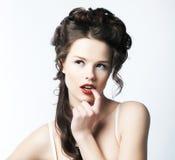 Sexy puro. Ritratto della donna d'invito seducente. Perfezionamento & sofisticazione fotografia stock