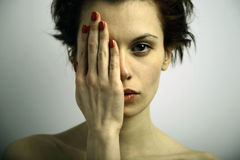 Giovane donna impressionabile di Elegante Fotografie Stock Libere da Diritti