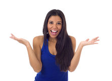 Giovane donna ispanica attraente nel sorridere casuale dei jeans e della cima felice e allegro isolati Immagine Stock Libera da Diritti