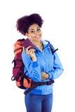 Giovane donna le che mostra passeport Immagini Stock