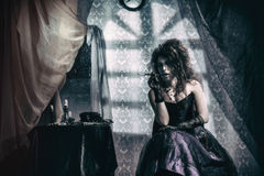Giovane donna melancholic Fotografie Stock